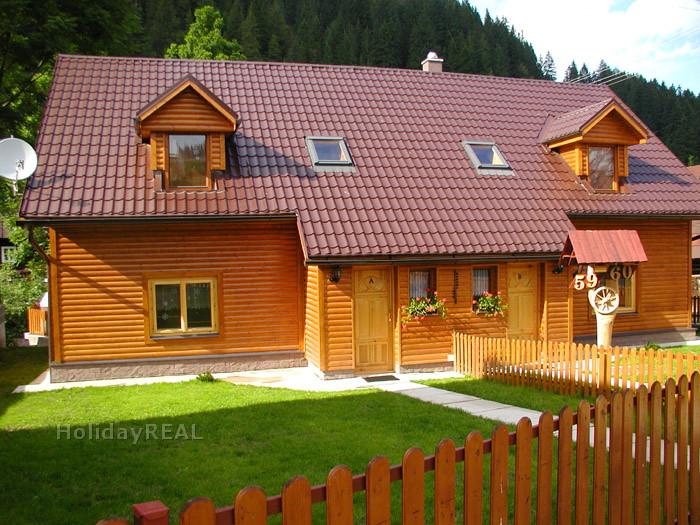 A073 - prázdninová chata s dvoma samostatnými apartmánmi v obci Liptovské Revúce pri Donovaloch