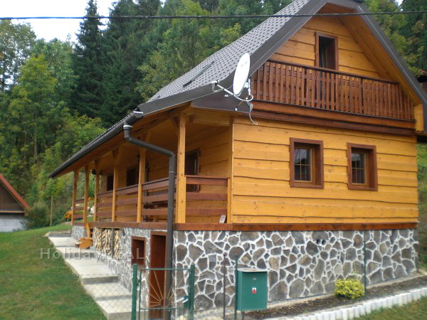A192 - chata na okraji lesa v obci Čierny Balog, 800 m od lyžiarskeho strediska