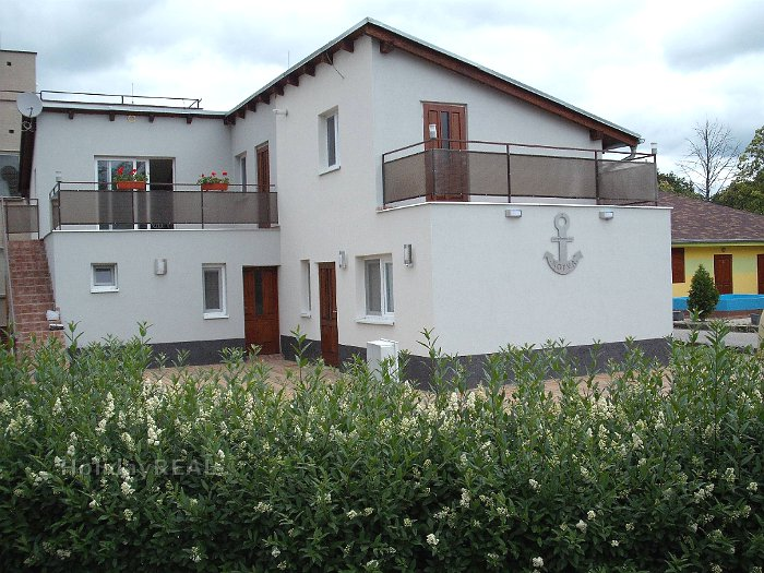 A279 - rekreačný dom s dvoma samostatnými apartmánmi v areáli termálneho kúpaliska v Patinciach