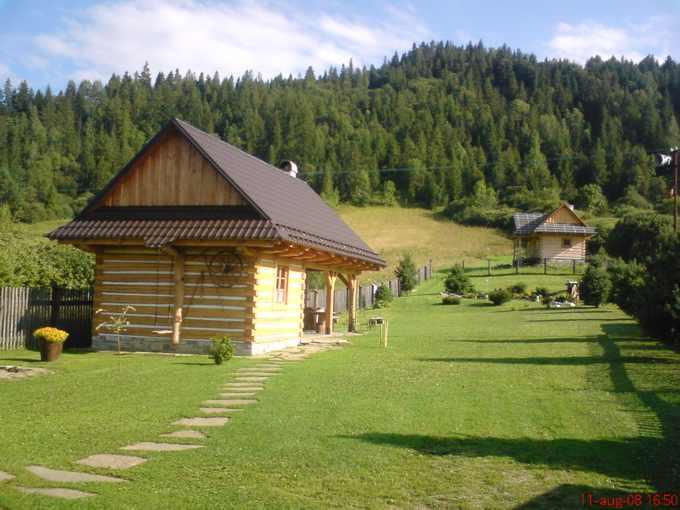 A188 - štýlová drevenica v rezervácii ľudovej architektúry obce Osturňa na Zamagurí, neďaleko Ždiaru a Jezerska